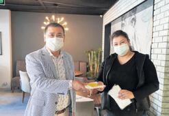 Başkan Tokat, esnafa ücretsiz maske dağıttı