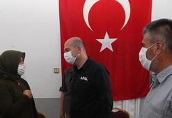 Bakan Soylu, Hatayda şehit ailesine taziye ziyaretinde bulundu