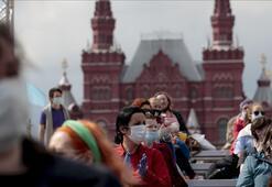 Rus vatandaşlarının iş, eğitim ve tedavi için yurt dışına çıkmasına izin verildi