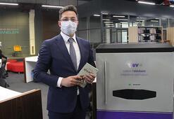 Kütüphanedeki kitaplar ultraviyole ışınlarla sterilize ediliyor