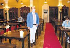 Kütüphaneler yeniden ziyaretçilere açıldı