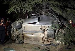 Yaralı sürücü sedyenin ayağı kapanınca yere düştü