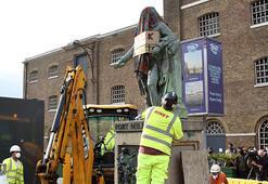 Londrada köle tacirinin heykeli kaldırıldı