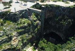 Cennet-cehennem mağaralarındaki asansör tartışmalara neden oldu