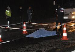 Yolun karşısına geçmek isterken otomobilin çarpmasıyla öldü