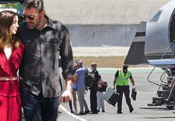Ben Affleck - Ana de Armas çifti özel jetle tatile çıktı