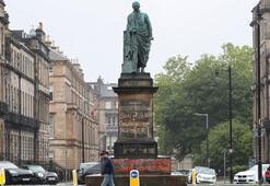 Guardian: Heykel saldırılarıyla ırk ve tarihsel miras konusunda gerginlik de artıyor