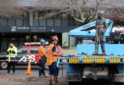 Yeni Zelandaya kadar ulaştı Sömürgecilik heykelleri yıkılıyor
