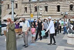 Diyarbakırda, tıbbi malzeme firmasından ücretsiz 20 bin maske
