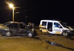 Kahramanmaraşta polis aracı ile otomobil çarpıştı: 2 ölü, 4 yaralı
