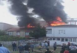 Son dakika: Sultangazide yangın paniği