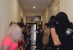 Ukraynada porno stüdyolarına şafak vakti operasyon