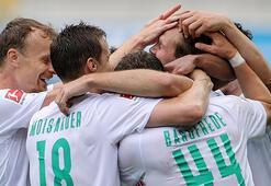 Werder Bremen, Paderbornu bozguna uğrattı