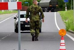Polonya askerleri Çekya'ya girdi