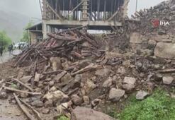 Bingölde 2 köyde evler yıkıldı: 9 yaralı