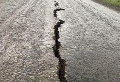 Bingöldeki depremde iki köyde evler yıkıldı: 9 yaralı