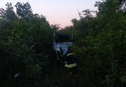 Akhisar'da otobüs yoldan çıktı Büyük facia atlatıldı