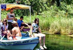Muğlanın doğal akvaryumu Kadın Azmağında tekne turu