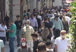 İstiklal caddesi eskisi gibi; kalabalık dikkat çekti