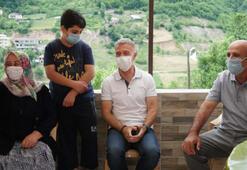 Trabzonspor Kulübü Başkanı Ahmet Ağaoğlu, şehit ailesini ziyaret etti