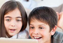 Uzmanından ebeveynlere uyarı: İlgilenilmeyen çocuğun ebeveyni sosyal medya olur