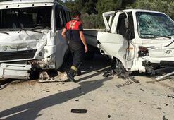 Minibüs ile kamyonet kafa kafaya çarpıştı: 1ağır 8 yaralı