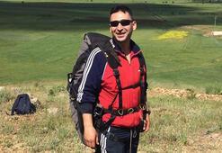 Paraşütle eğitim uçuşu yapan astsubay,düşerek hayatını kaybetti