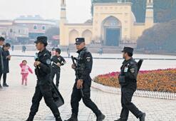 Trump'tan Uygur tasarısına jet onay