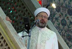 Sultanahmet Camiinde cuma namazını Diyanet İşleri Başkanı kıldırdı