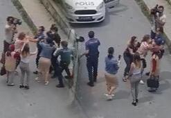 Son dakika...Arnavutköyde iki kardeş annelerini alıkoymakla suçladıkları kişiye saldırdı