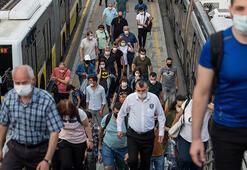 Son dakika haberi... Dışarı çıkacaklar dikkat İstanbulda toplu taşıma ve trafikte yoğunluk