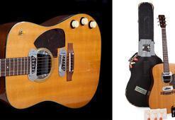 Kurt Cobainin gitarına rekor fiyat