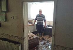 Sel yıktı geçti Bursada evler enkaza döndü