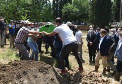 Bursada selde hayatını kaybeden Kader Akbaba toprağa verildi