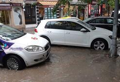 Son dakika: İstanbulda şiddetli yağış Yollar göle döndü