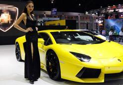 Sosyal yardım alıp Lamborghini satan çift gözaltına alındı