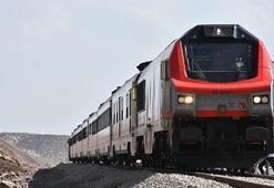 BTKnin önemli merkezlerinden Kars Lojistik Merkezi ilk iş trenini ağırladı