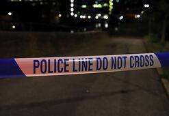 Londrada bir sokak partisi nedeniyle çıkan olayda 15 polis yaralandı