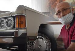 Tutkunu olduğu klasik otomobilin minyatürünü 36 yılda yaptı