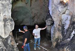 5 milyon yıllık duvarları aşıklar tahrip etti