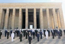 Genel kurul öncesi Anıtkabir'de