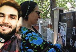 İki yıl önce öldürülen Alper Baycının ebeveynleri mezarı başında gözyaşı döktü