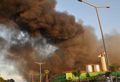 Adanada fabrika yangını: İlk görüntüler