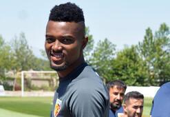 Beşiktaşa transferde Mensah şoku Atleticoya dönüyor...