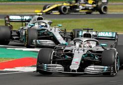 Mercedesden ırkçılığa karşı kampanya Siyah araçla yarışacak