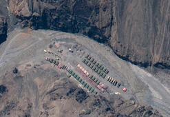 Hindistan, Çin sınırına obüs ve tank yığdı