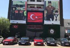 İstanbul Emniyeti'nin bahçesi lüks araç galerisine döndü