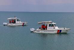 Son dakika... Van Valiliğinden kaybolan tekne ile ilgili açıklama: Yabancı uyruklu 5 kişinin cesedine ulaşıldı