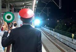 Tarihi an 100üncü yük treni geçti