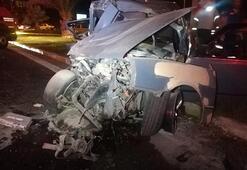 Otomobil ile belediye otobüsü çarpıştı: Hamile kadın hayatını kaybetti